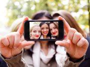 smartphone untuk selfie